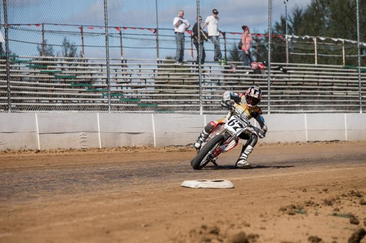 Jorg-Badura-07-Flat-Track-Racing1