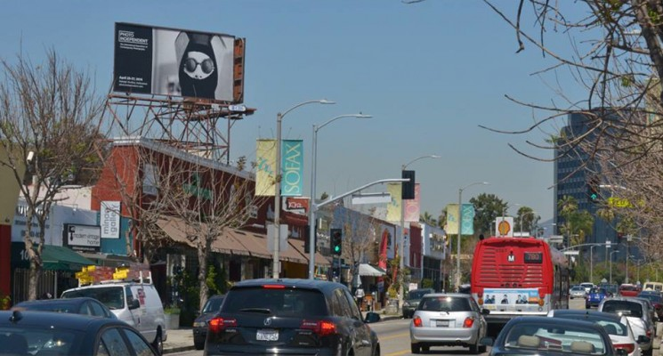 photo-independent-billboard-fairfax