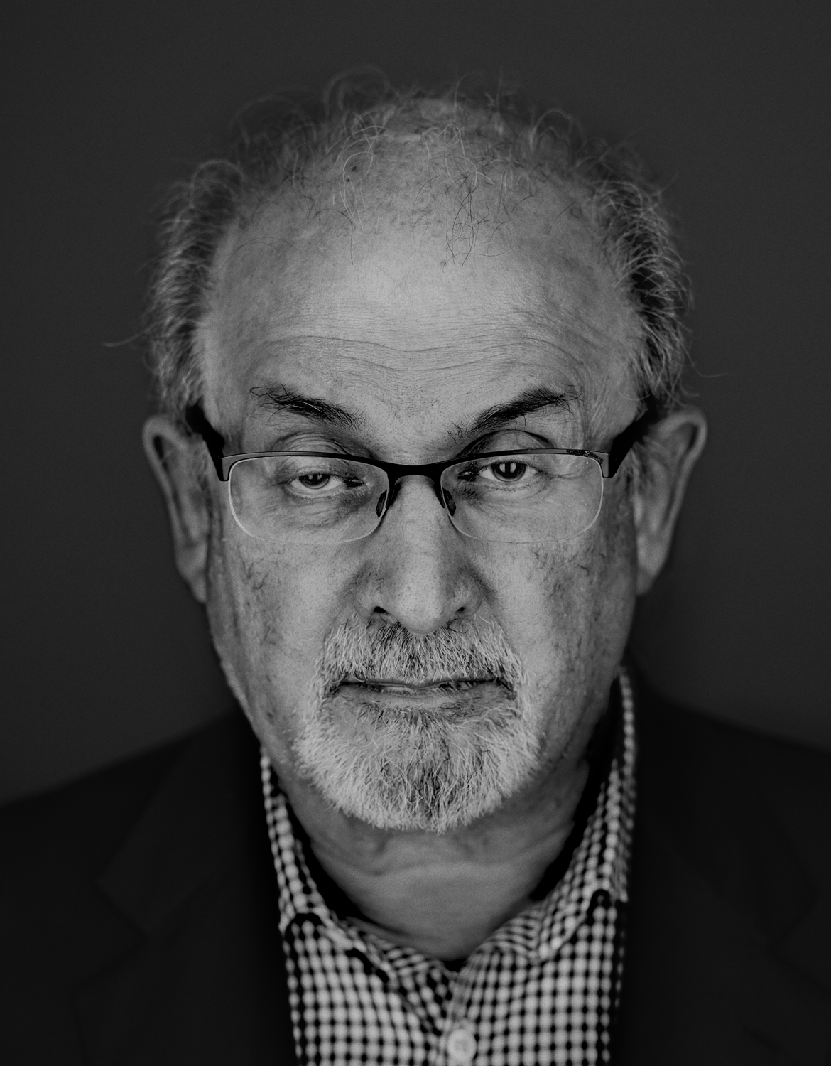 a biography of salman rushdie Anglo-indian author salman rushdie is one of the leading novelists of the twentieth century his style is often likened to magic realism, which mix.