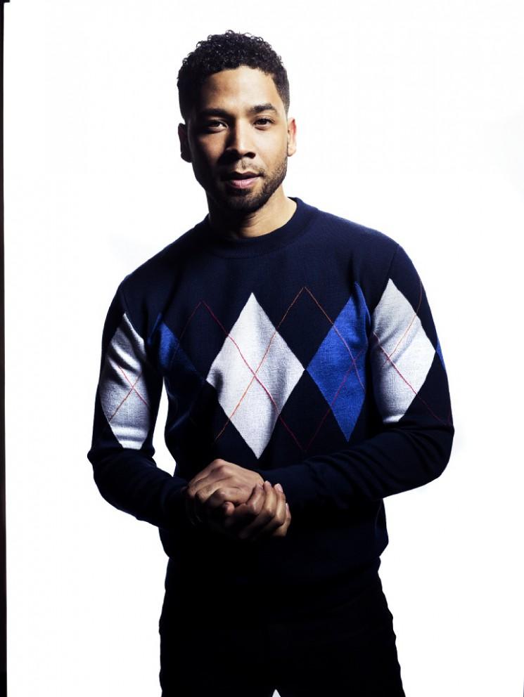 08-Blue-Sweater-Mic_1430FINAL