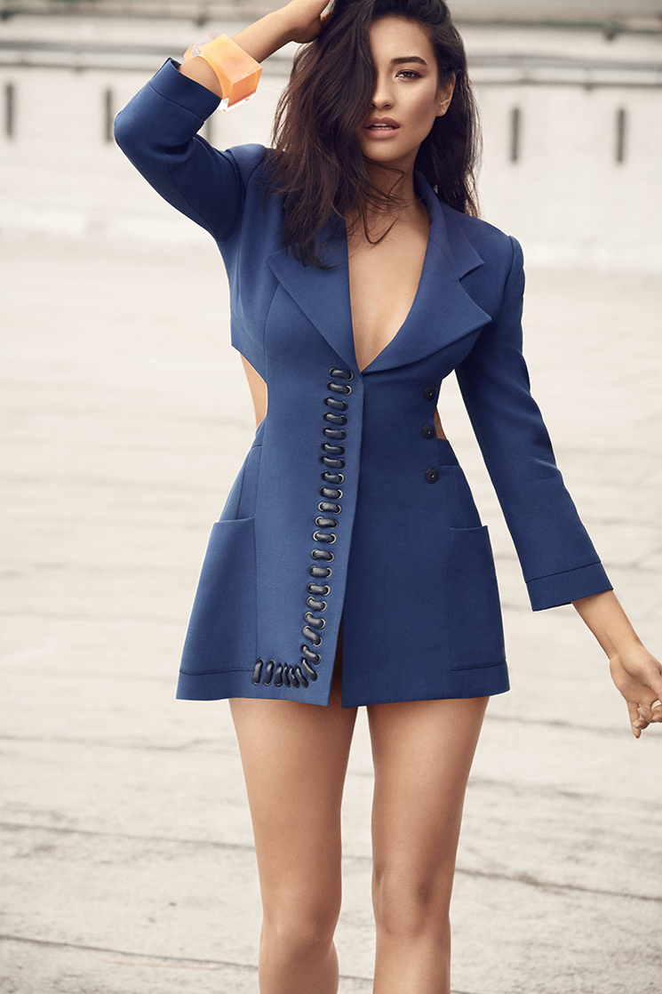 Nino Muñoz_Shay Mitchell blue dress