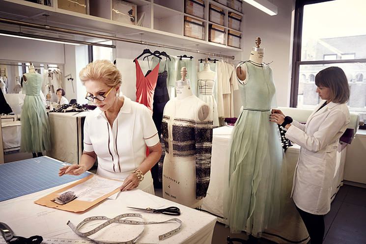 Art Streiber_Carolina Herrera in atelier