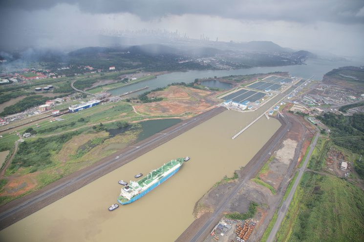 Tobias Hutzler_Panama Canal 3